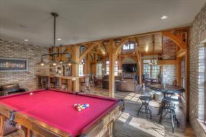 old-world-farmhouse-12