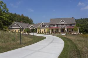 old-world-farmhouse-7